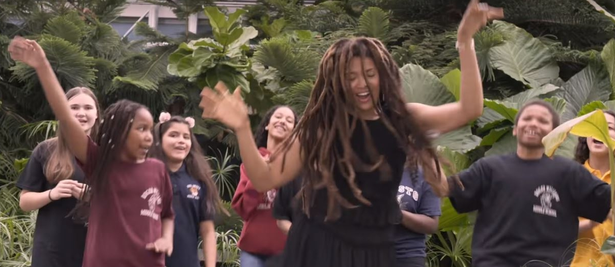 Turnaround Arts: Providence artist Valerie June with Providence and students