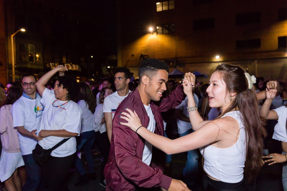 Dancers at the record-breaking community bachata, June 8, 2018; photo by Matthew TW Huang