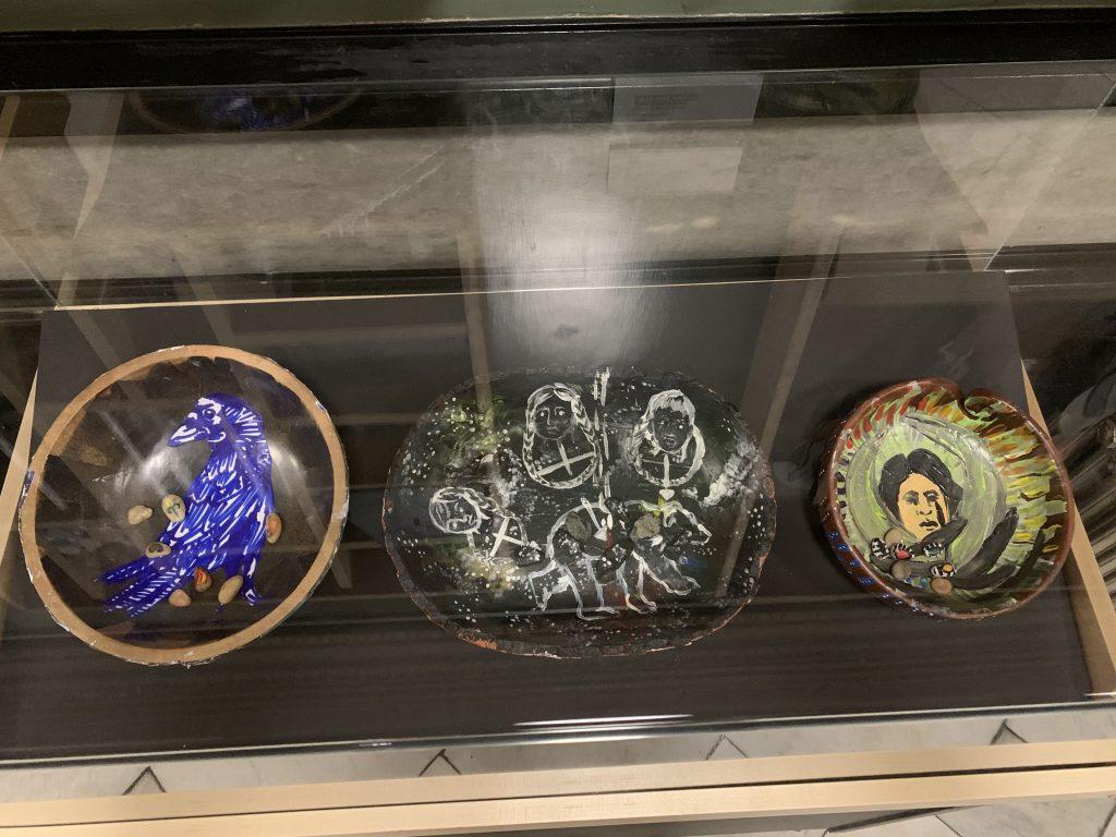 "Lynsea Montanari - ""Seven hubbub bowls for the seven generations"" (L:R - Nkéke hubbub bowl, Pummukau hubbub bowl, Sherenté hubbub bowl)"